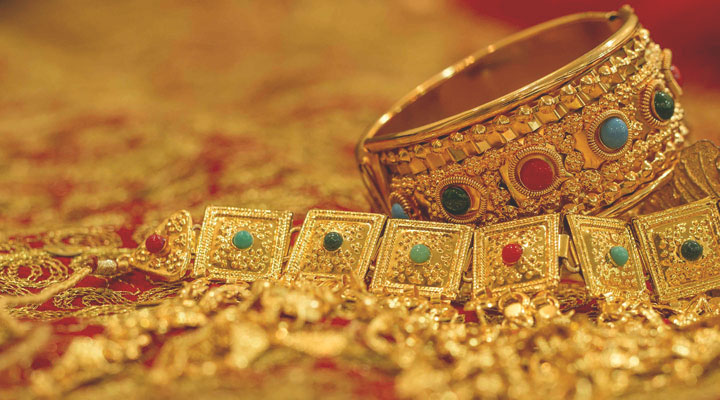 vintage jewel in india
