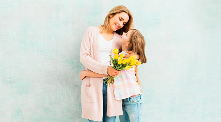 unique Mothers Day gifts for single mother
