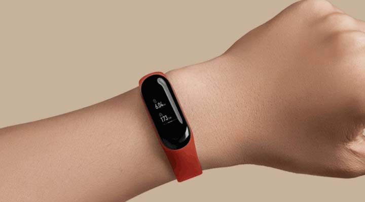 wear fitness band while shopping
